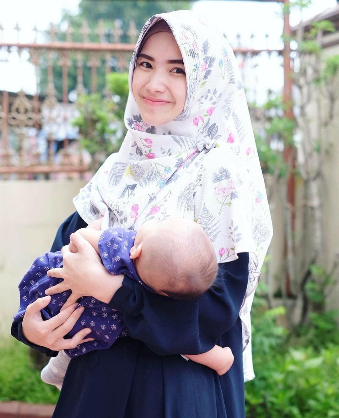 Model Hijab Pasangan Gamis