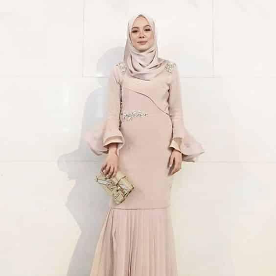 Desain Gaun Pesta untuk Muslimah Elegan