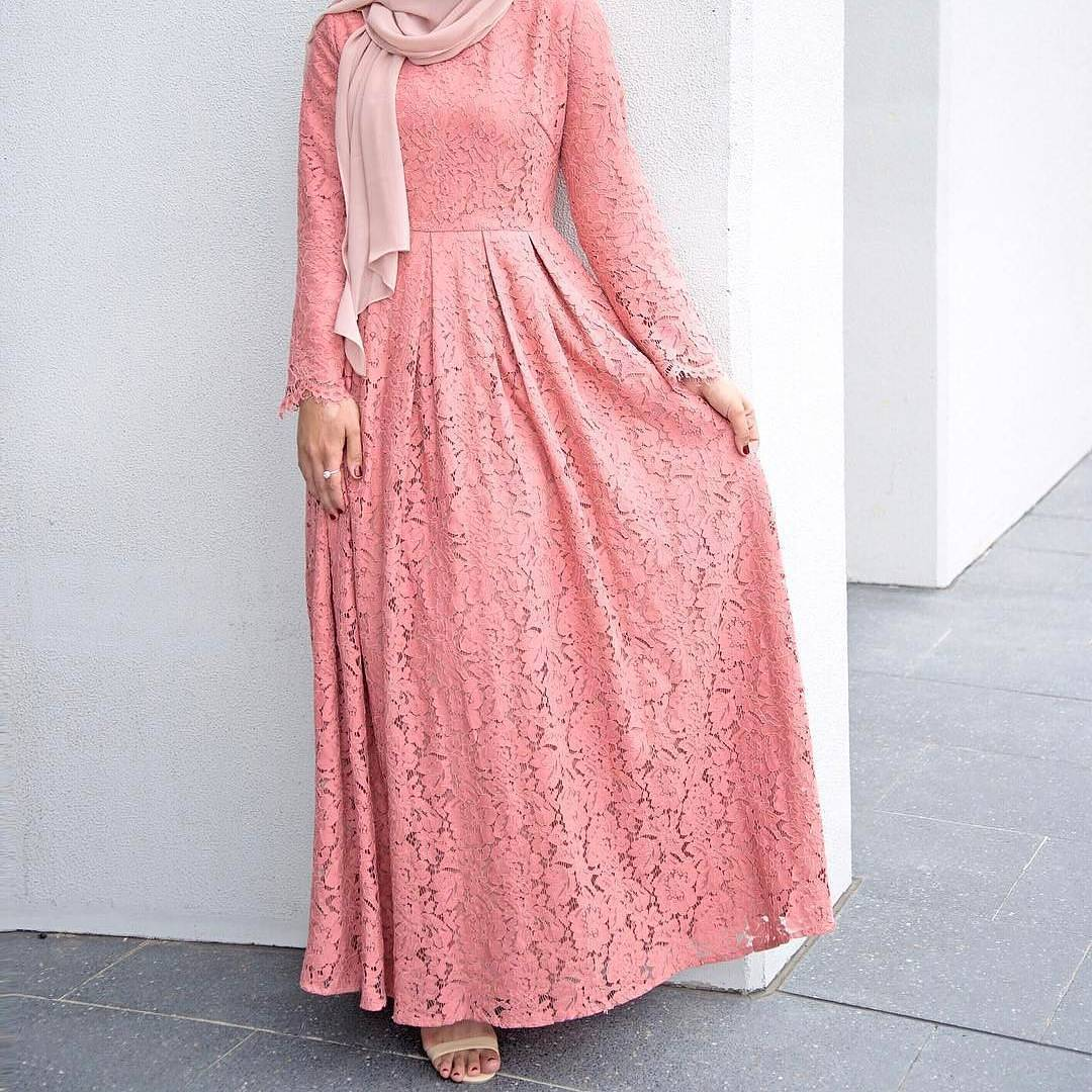 Gaun dengan Warna Pastel Menawan