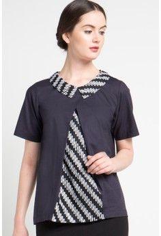 Model Baju Batik Atasan Hitam Hitam