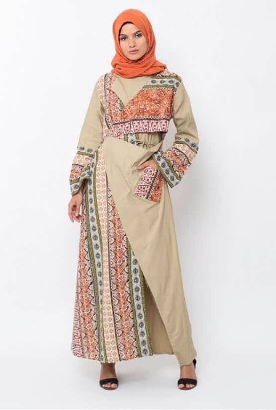 Model Baju Batik Kombinasi Wanita