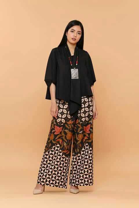 Model Baju Batik Tradisional