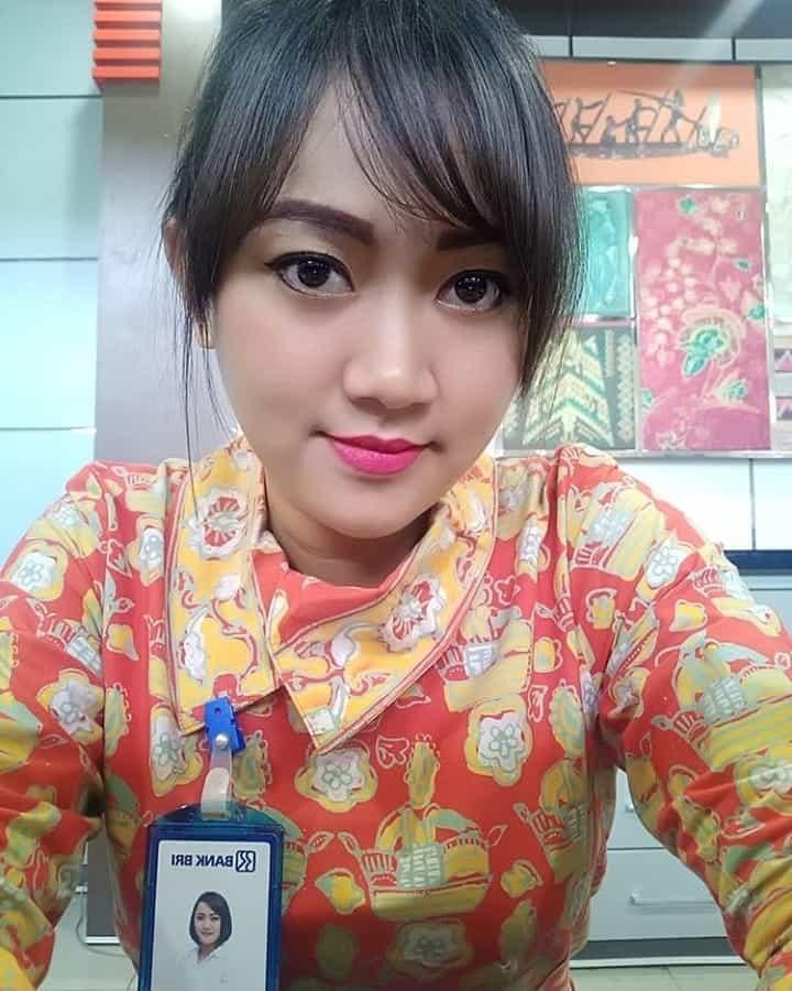 Model Batik Kerja Pegawai Bank BRI Modis