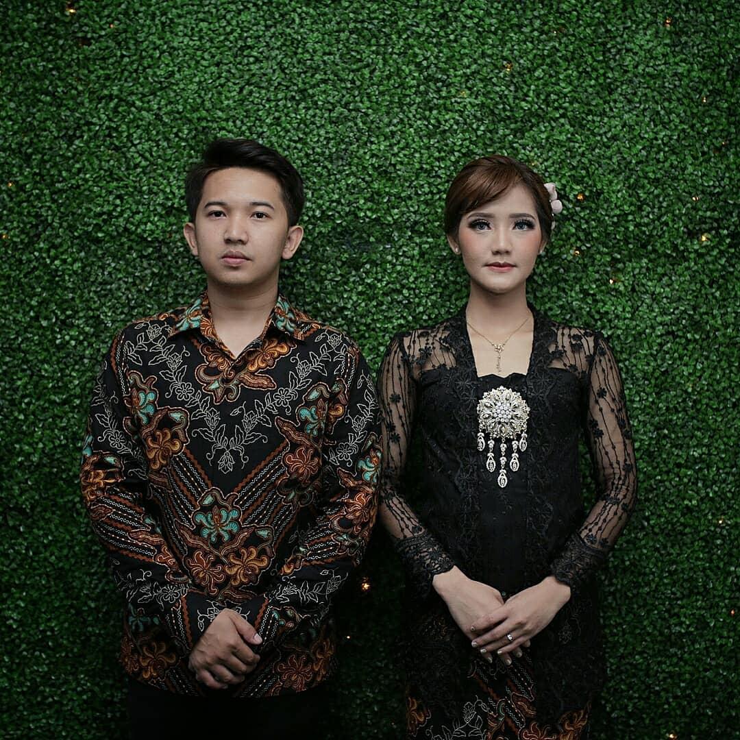 model baju kebaya kombinasi batik modern
