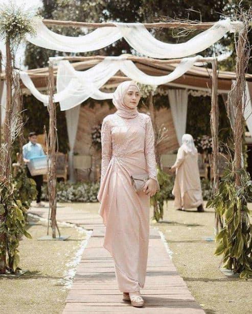 Gaun Pesta Muslim Remaja