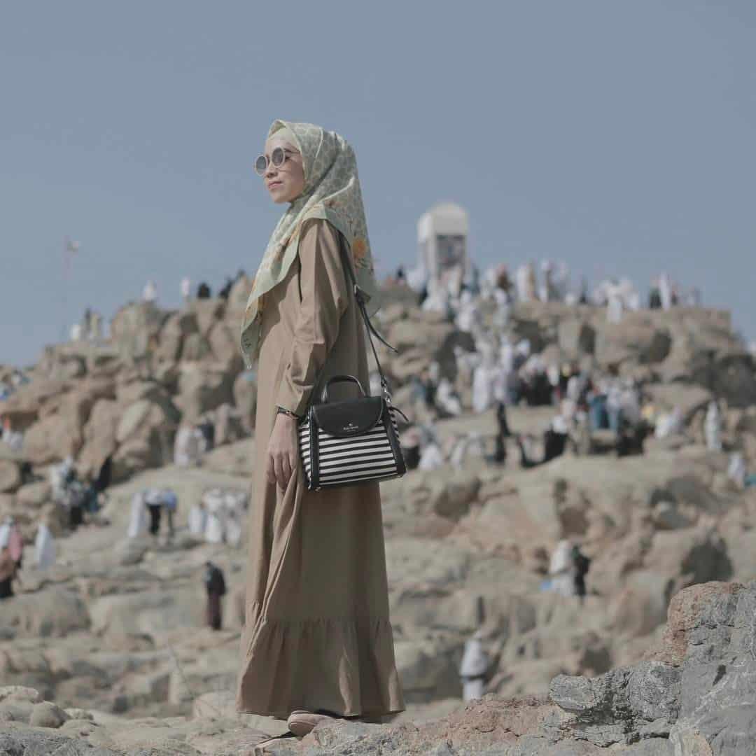 Model Gamis Syar'i Terbaru