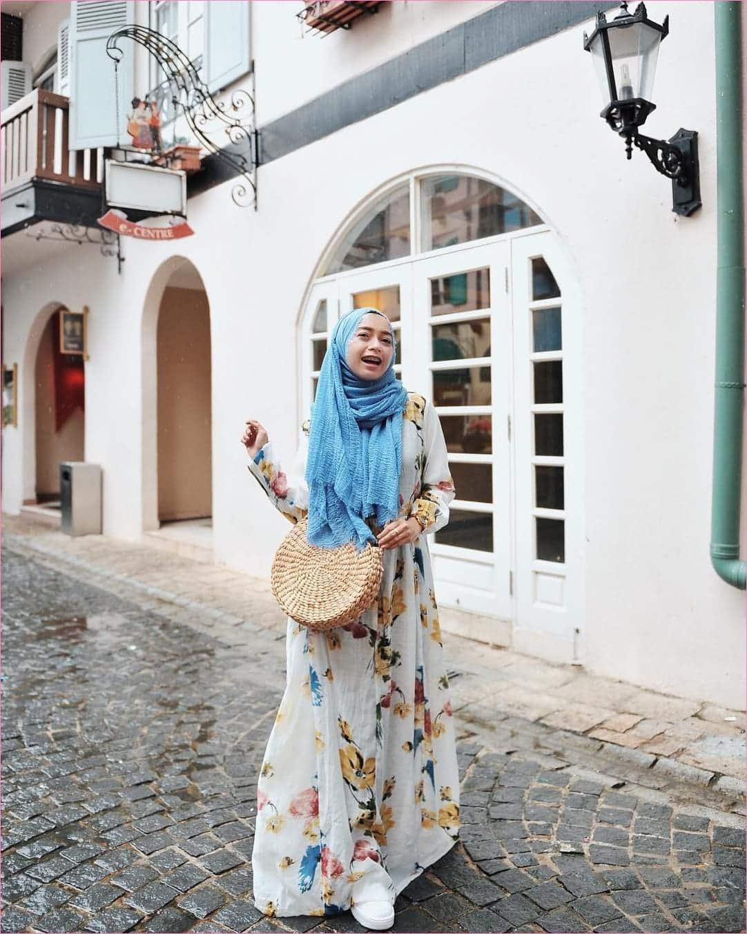 Model Gamis Batik Casual Selebgram