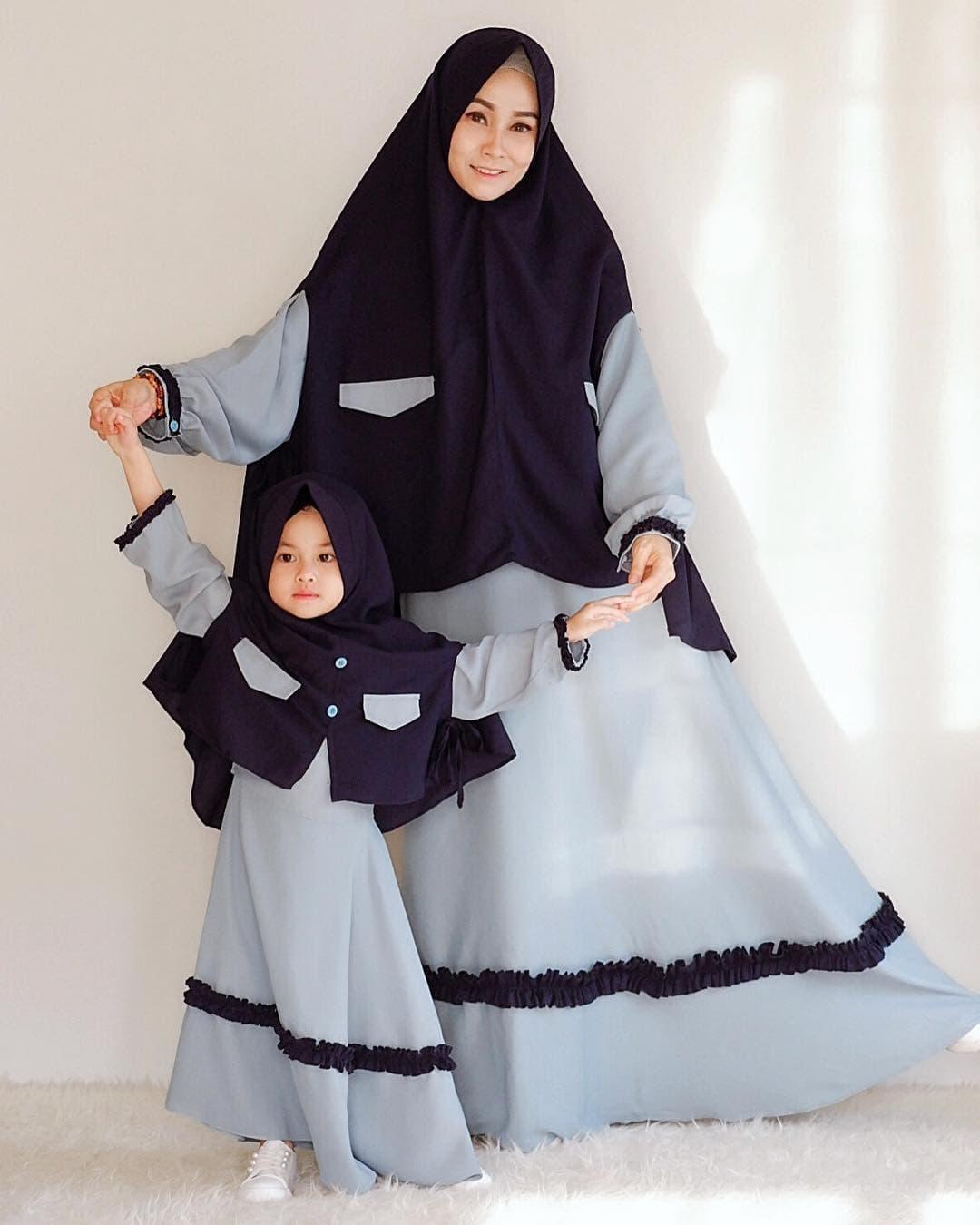 Contoh Model Gamis Couple Ibu dan Anak