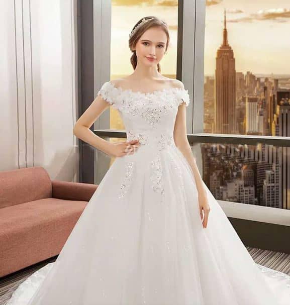 Gaun Pengantin Simple Tapi Elegan yang Mudah Ditiru