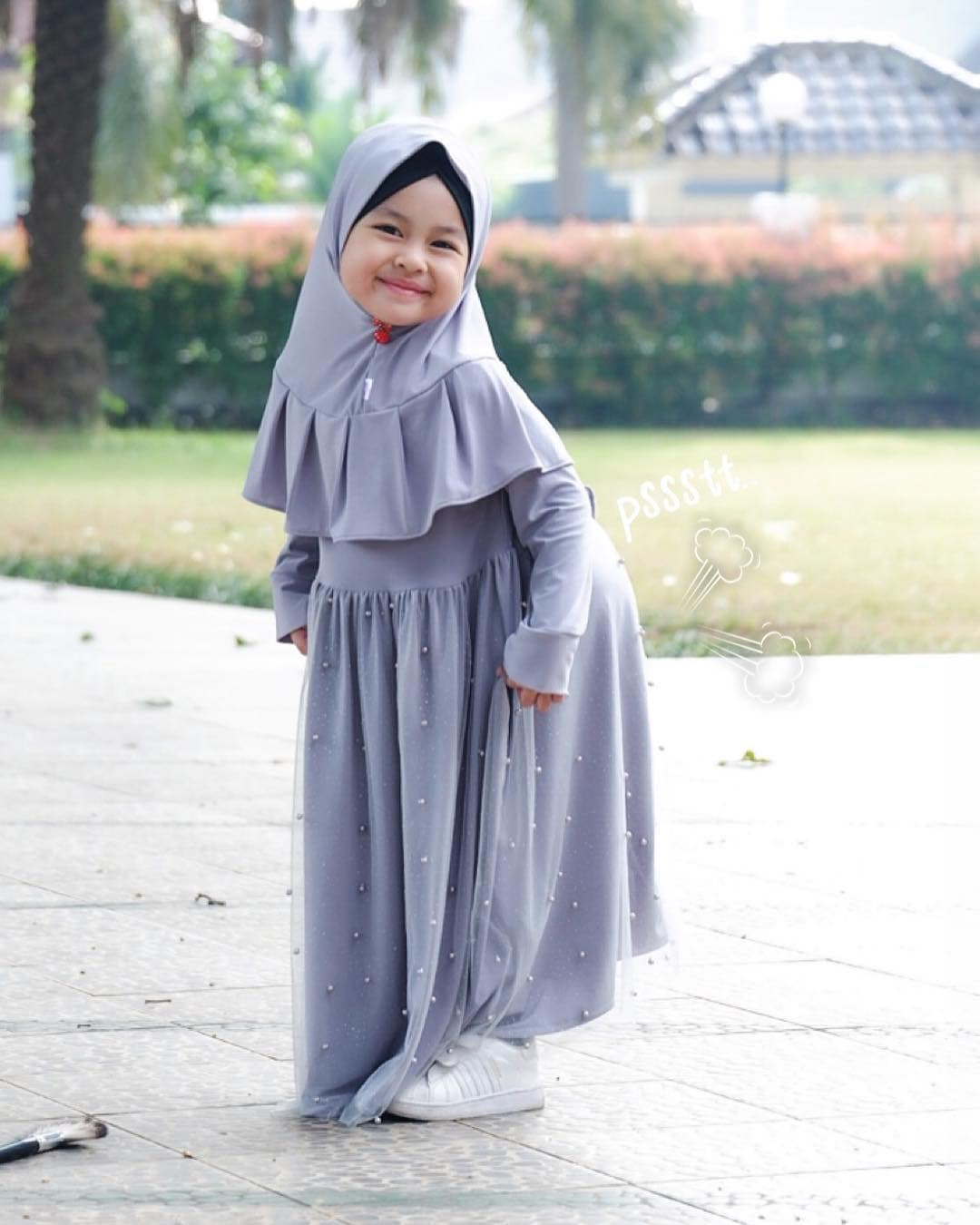 Model Gamis Anak Polos Modern