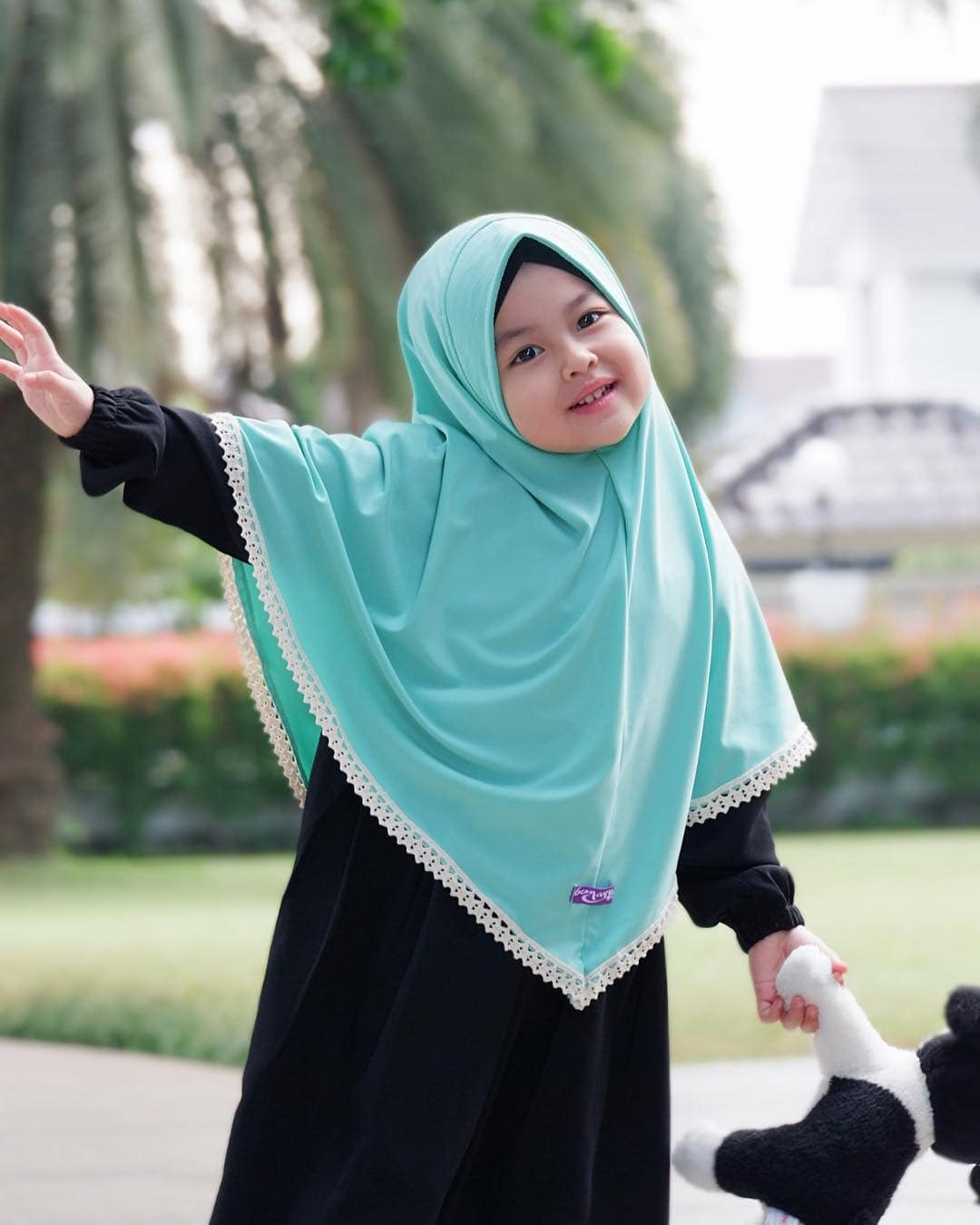 Model Gamis Anak Polos