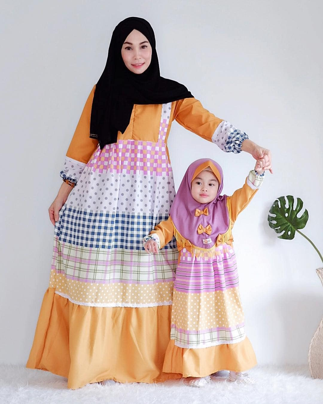 Model Gamis Couple Ibu dan Anak Motif