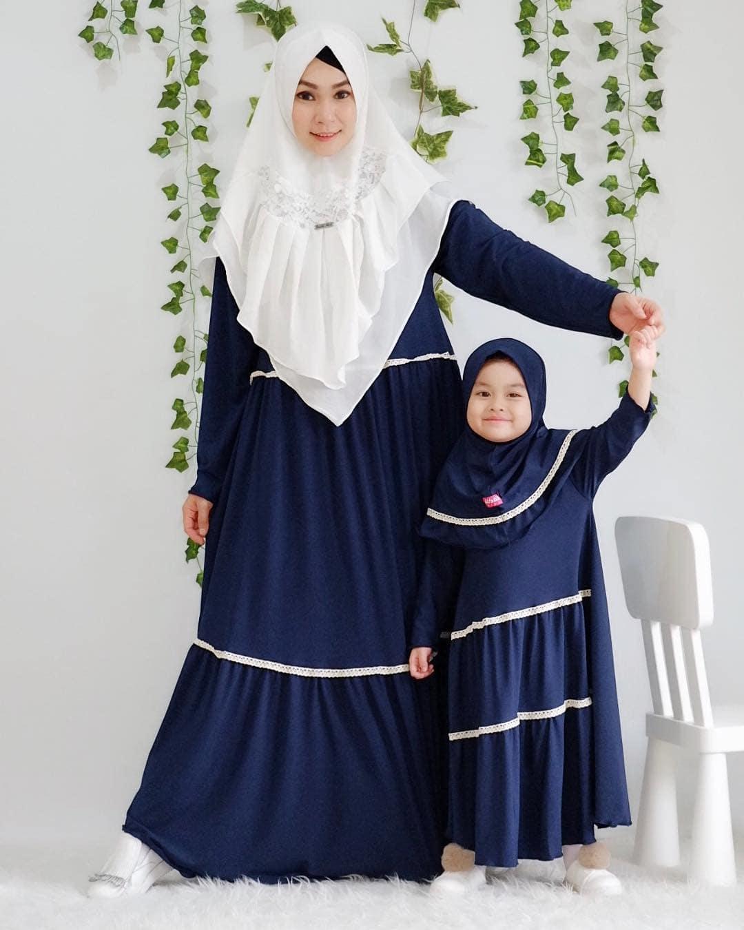Model Gamis Couple Ibu dan Anak Trendy