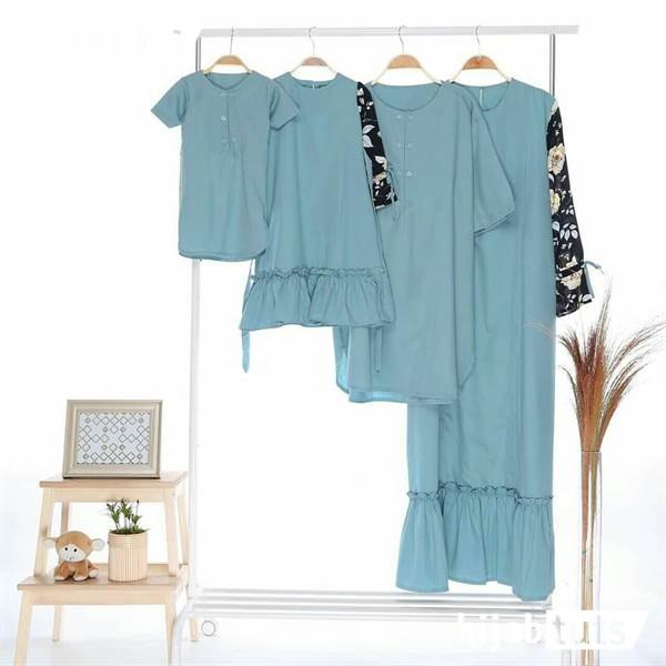 Model Baju Lebaran bareng keluarga