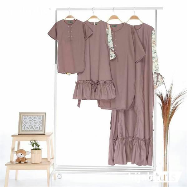 Model Baju Lebaran untuk Keluarga simpel