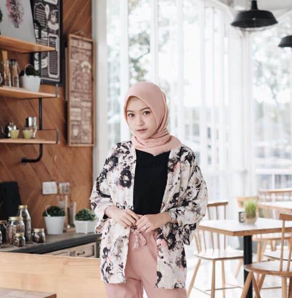 Fashion Hijab Anak SMA yang Kekinian