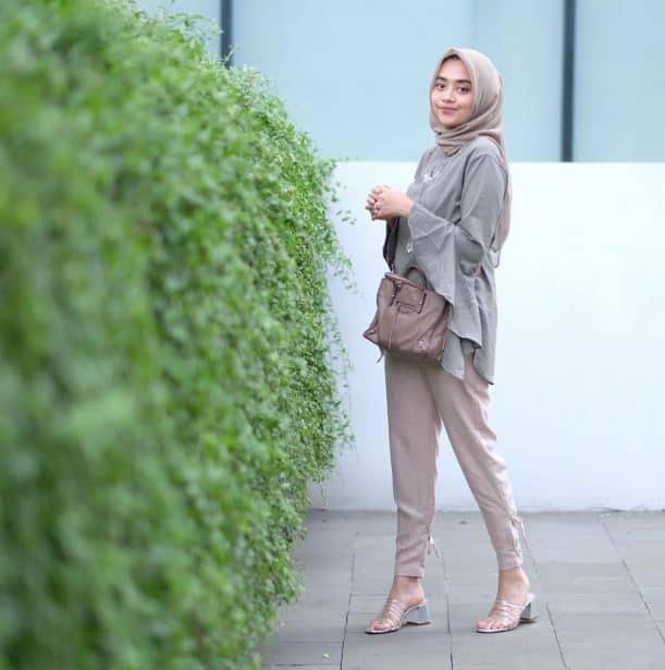 Fashion Hijab Remaja yang Cocok Dipakai Saat Hangout