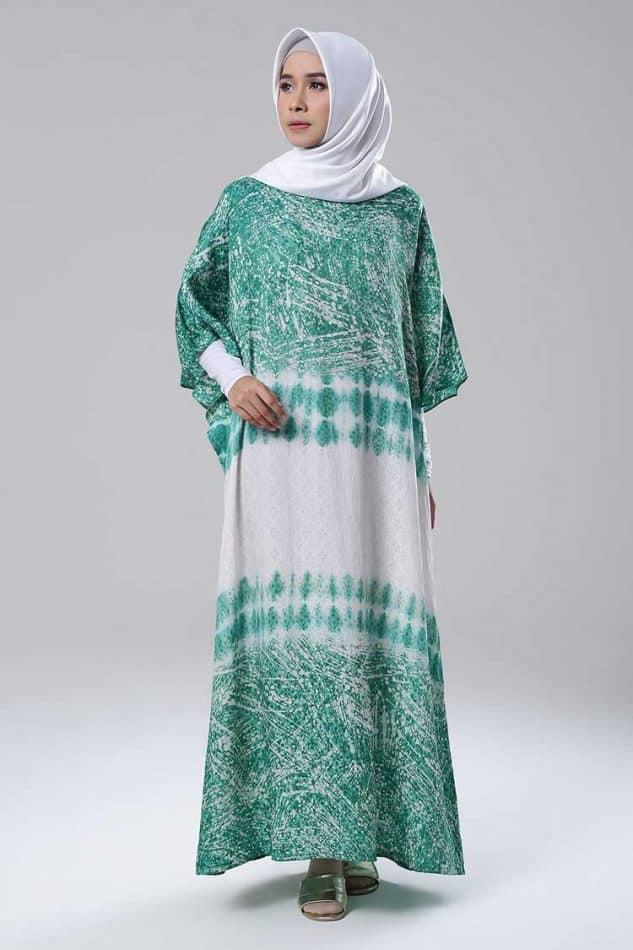 Gamis Batik Kombinasi dengan Warna Pastel Batik