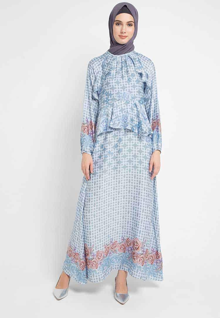 model Gamis Batik Aksen Ruffle