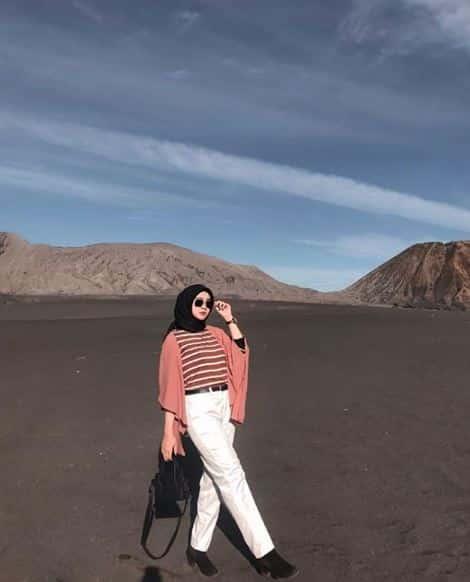 Style Hijab Traveling dan Traveler Tampak Beda