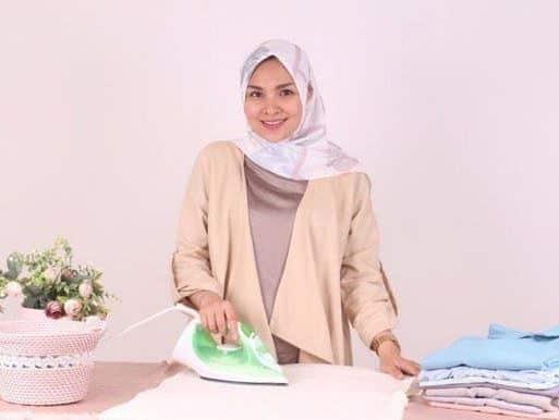 Model Hijab Segi Empat Kekinian