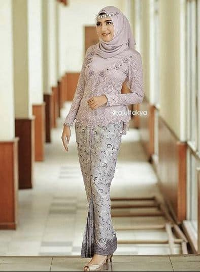 Model Hijab untuk Kebaya